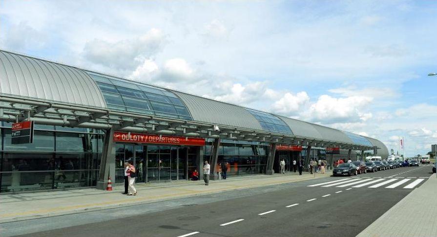 Nowy port lotniczy w Modlinie.