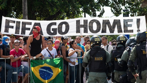06.14.mundial.protest.antyfifa.brazylia