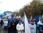 18.10.14. 7 tys. pracowników Poczty Polskiej protestuje przed Ministerstwem Administracji