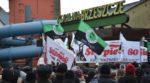 Styczniowy protest strajkujących górników przed kopalnią Brzeszcze. Rząd nie dotrzymuje obietnic.