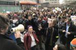02.02.17 Filadelfia, USA. 1200 pracowników firmy Comcast zastrajkowało przeciw islamofobicznemu dekretowi Trumpa.