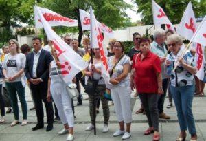 22.06.17 Poznań. Protest pracownic/ków ochrony zdrowia (patrz s. 10).