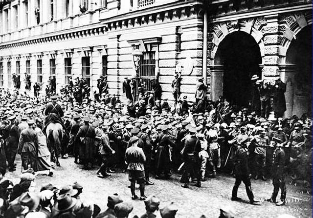 06.11.1923 Kraków podczas powstania. Robotnicy przejęli kontrolę nad miastem na jeden dzień.