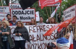 30.06.18 Przemawia Monika Żelazik.