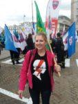 22.09.18 Na demonstracji OPZZ. Związkowczyni i aktywistka na rzecz praw kobiet.