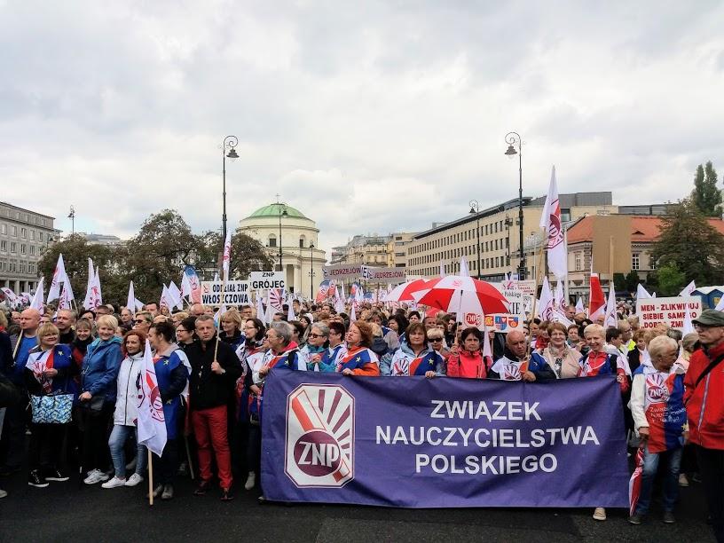 22.09.18 Warszawa. ZNP na demonstracji OPZZ.