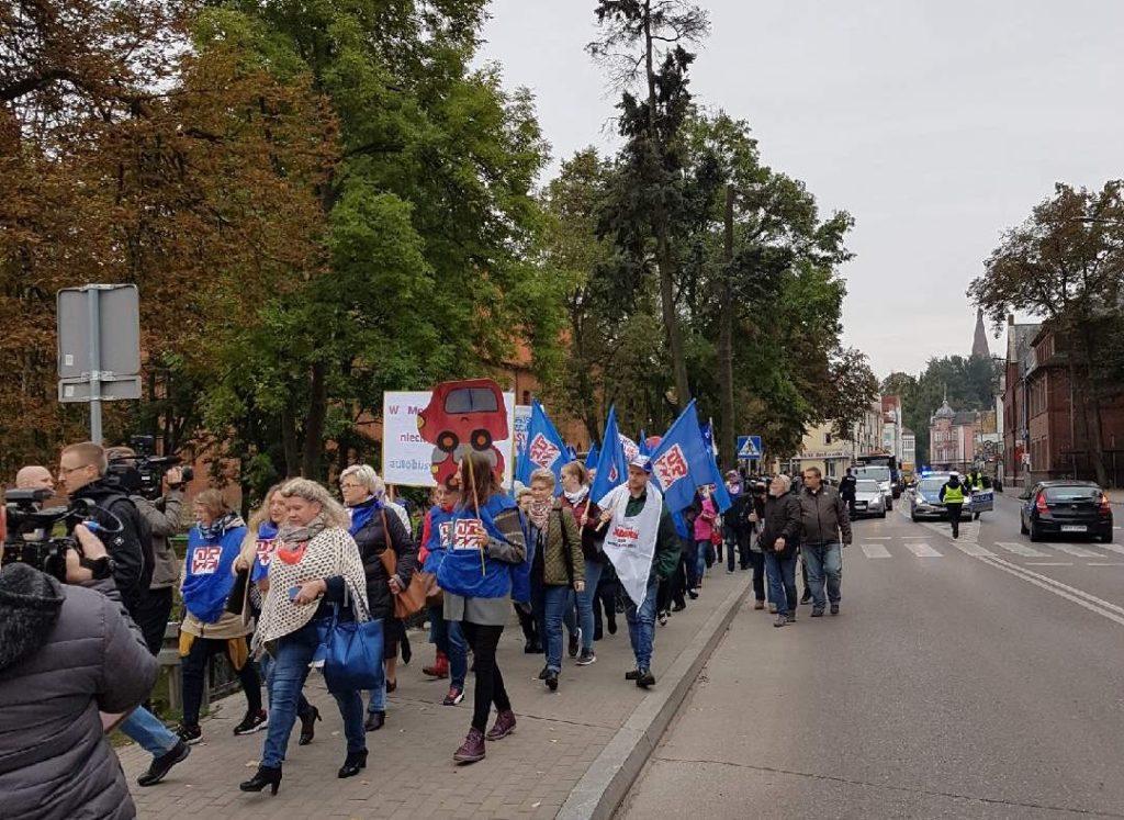 08.10.2019 Ostróda. Protest związkowców i mieszkańców.