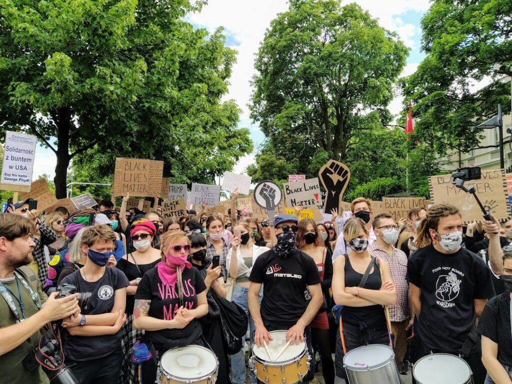 06.06.20 Ambasada USA w Warszawie. Demonstracja  solidarności z protestami Black Lives Matter w USA.