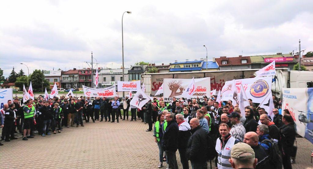 AIRBUS POLAND—Bezterminowy strajk