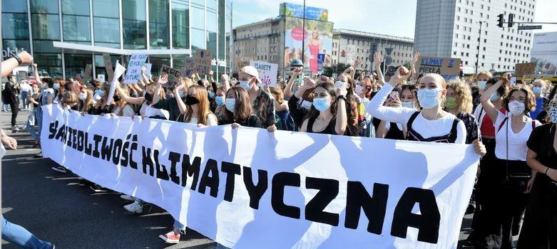 25.09.20 Warszawa. Demonstracja Młodzieżowego Strajku Klimatycznego.
