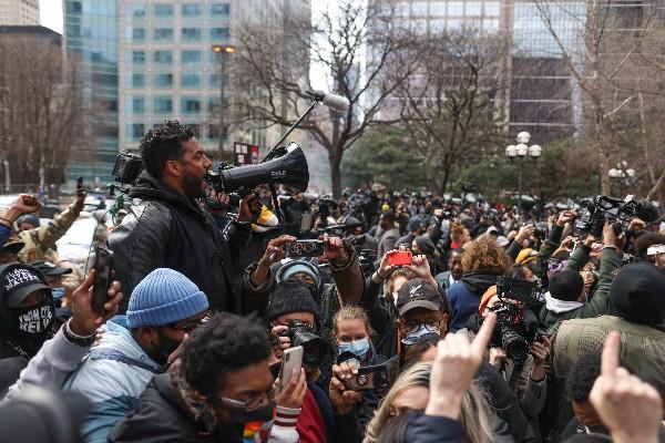 20.04.21 Demonstracja przed sądem.