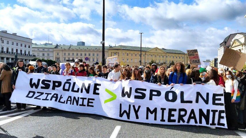 24.09.21 Warszawa. Demonstracja Młodzieżowego Strajku Klimatycznego.